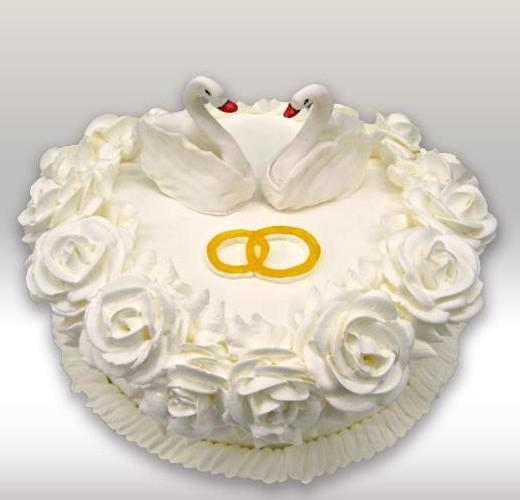 Свадебный торт кремовый