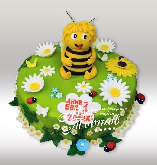 Торт с пчёлкой Мая