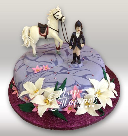 Торт наездница с лошадью