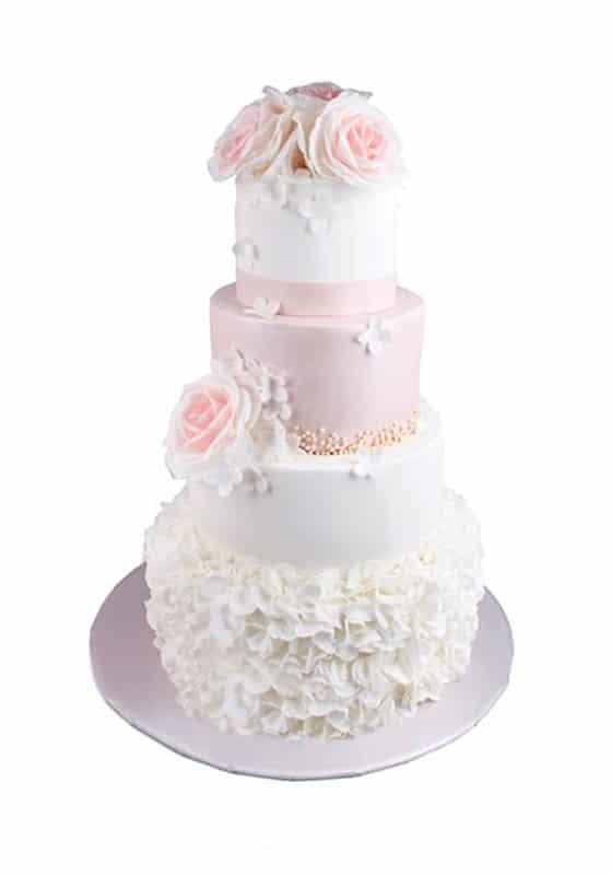 Свадебный торт Бело-розовый с цветами