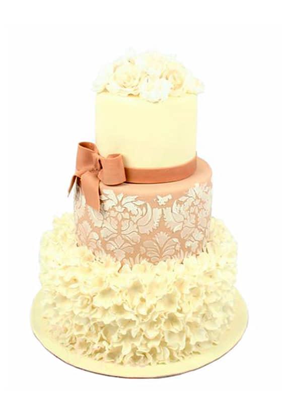 Свадебный торт Бежевый с цветами и бантиком