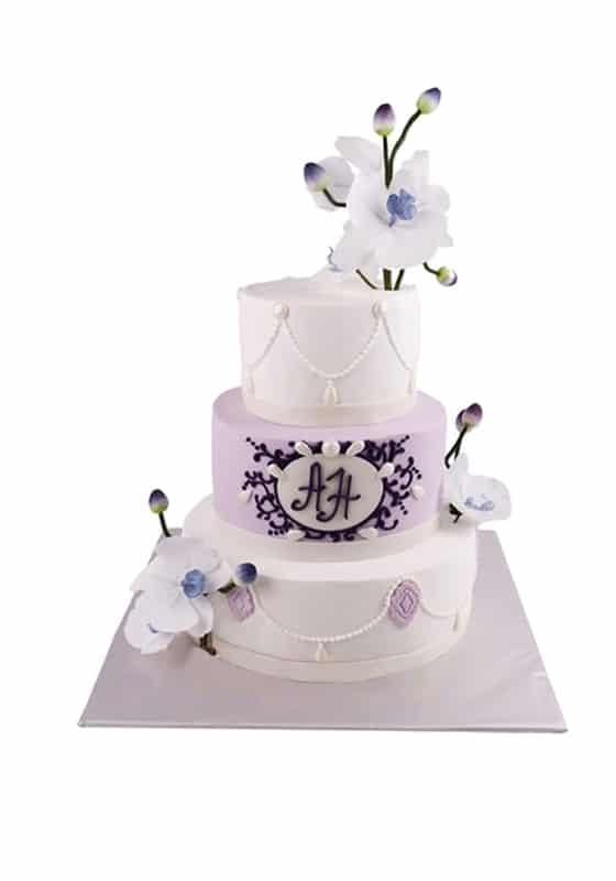 Свадебный торт Цветочным декором