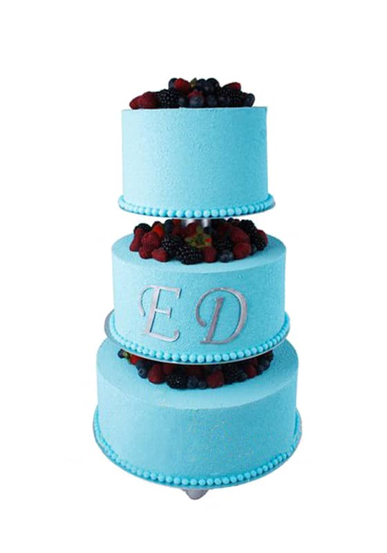 Свадебный торт Голубой с инициалами