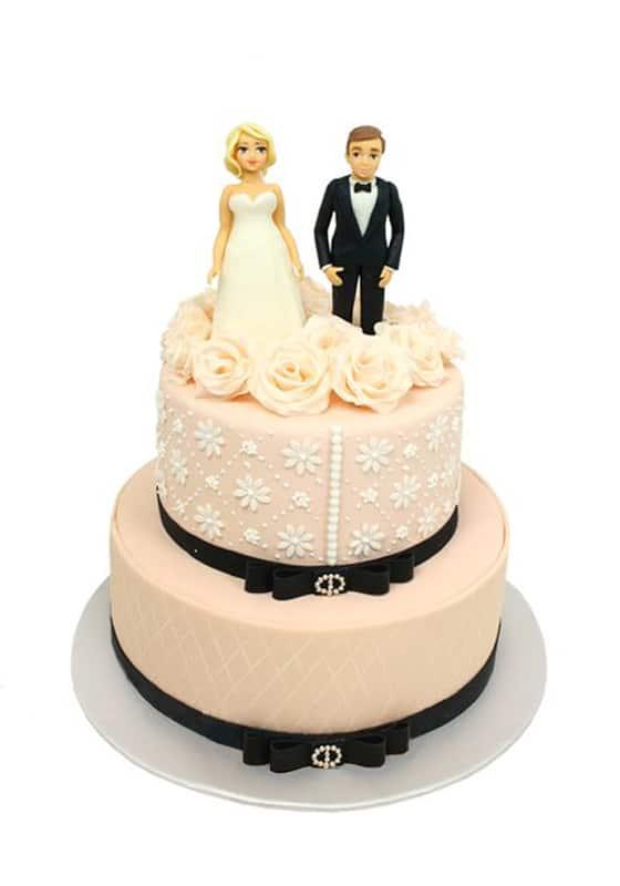 Свадебный торт Розовый с фигурками