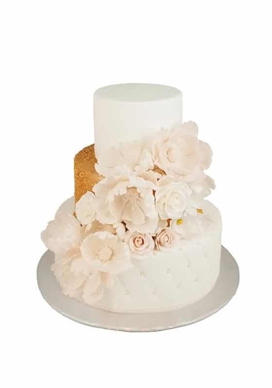 Свадебный торт с Декором из золота