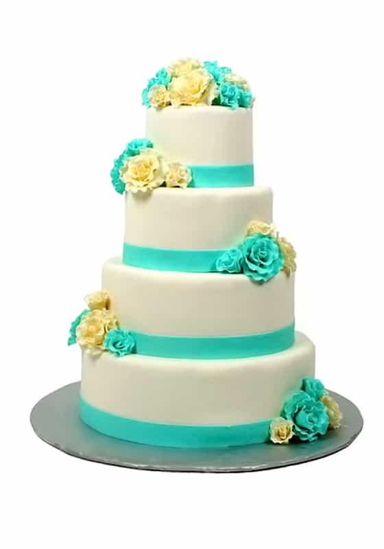 Свадебный торт с Голубыми цветами