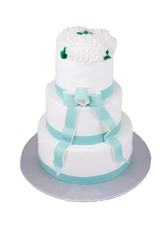 Свадебный торт с Ленточками и цветами
