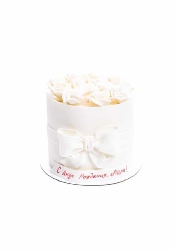 Торт Белыми с Розами