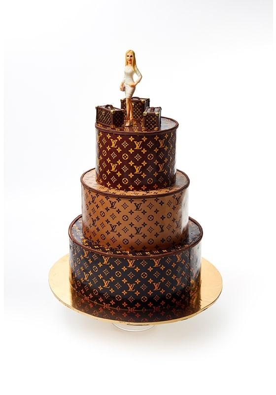 Торт Louis Vuitton