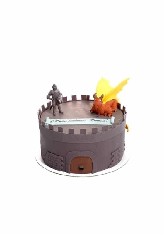 Торт с Рыцарем и Драконом