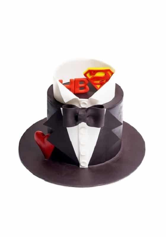 Торт смокинг Супермена