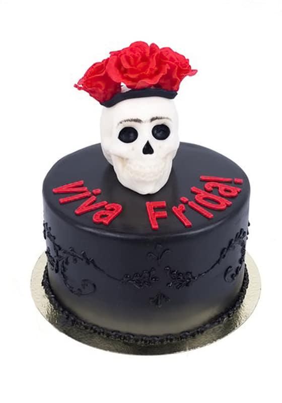 Торт Черный с черепом