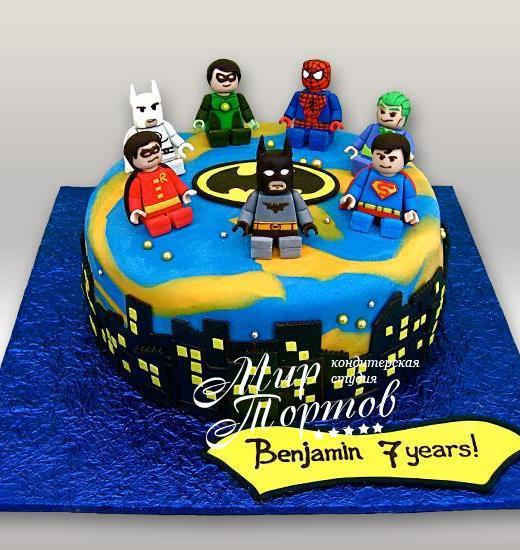 Торт супергероями