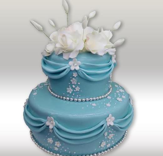 Свадебный торт голубого цвета